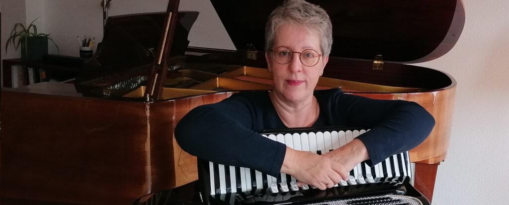 Beate Tuisel Akkordeon Klavier